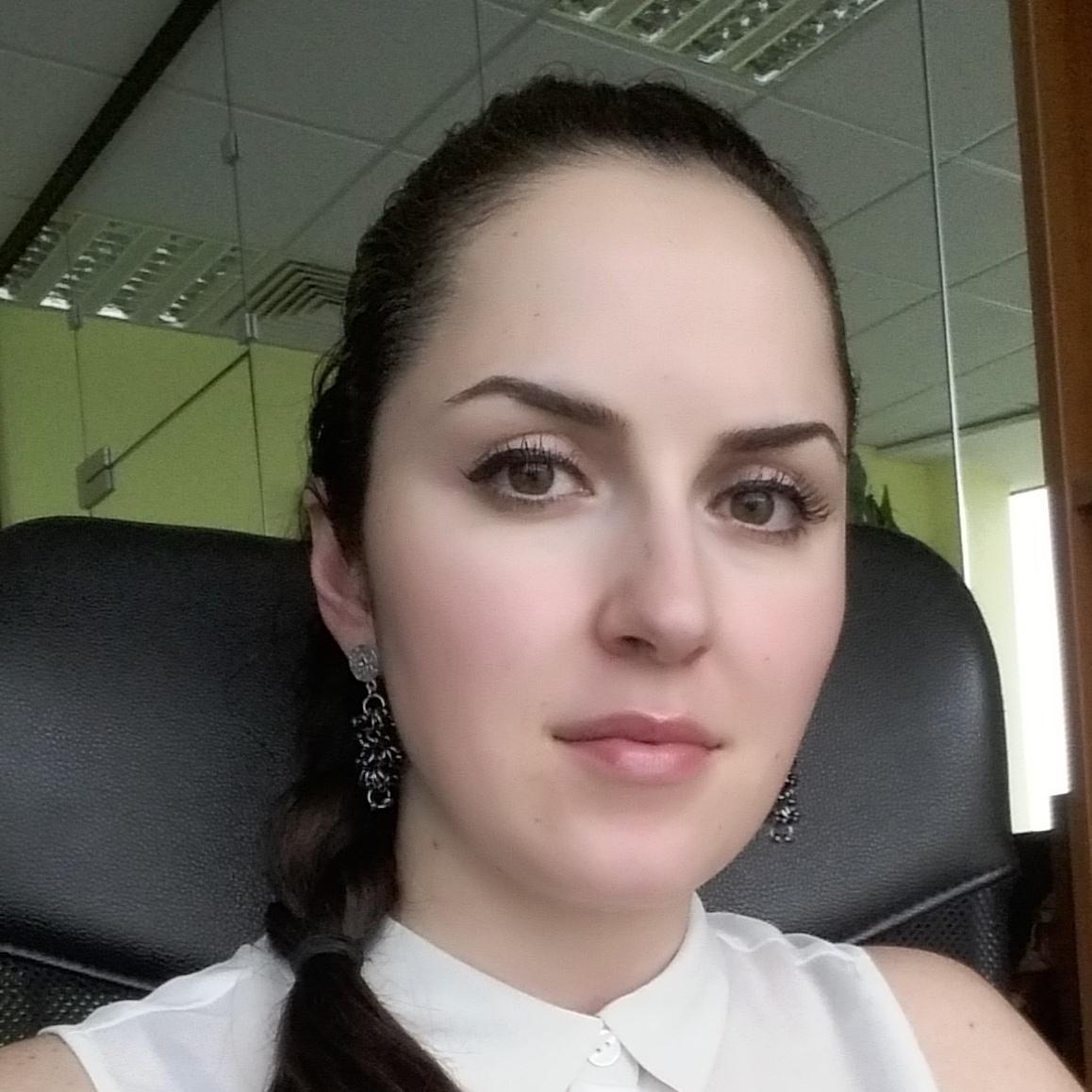 Александра Джамбазова